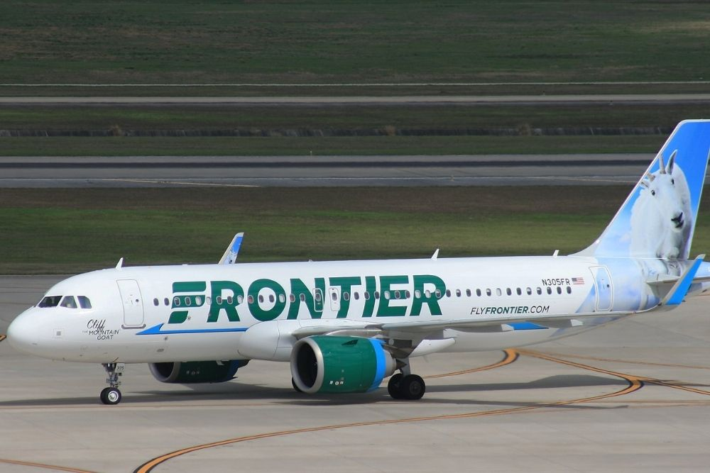 Spirit and Frontier Airlines Emotional Support Animal Policy